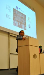 7 Prof. M. Reznik